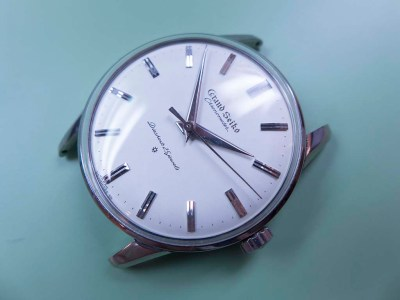 Grand Seiko J14070 in Stainless Steel